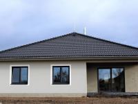 pohled od silnice (Prodej domu v osobním vlastnictví 118 m², Přestanov)