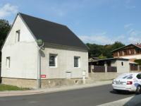 Prodej domu v osobním vlastnictví 100 m², Březno