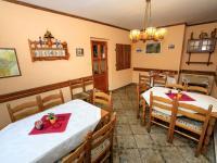 salónek (Prodej domu v osobním vlastnictví 313 m², Varnsdorf)