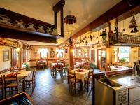 restaurace (Prodej domu v osobním vlastnictví 313 m², Varnsdorf)