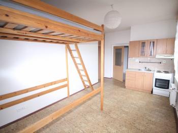 Garsoniera s výměrou 25 m2 - Prodej nájemního domu 905 m², Ústí nad Labem