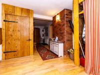 chodba v přízemí - Prodej chaty / chalupy 404 m², Staré Křečany