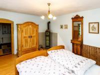 ložnice v přízemí - Prodej chaty / chalupy 404 m², Staré Křečany