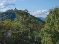 hrad Hněvín, pohled z kuchyně - Pronájem bytu 2+1 v osobním vlastnictví 54 m², Most