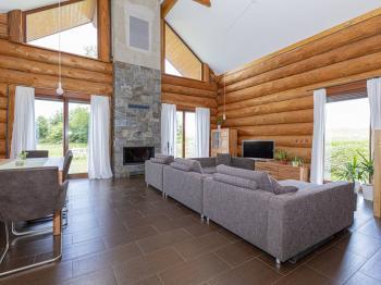 Prodej domu v osobním vlastnictví 220 m², Tisá
