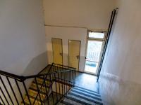 komora v mezipatře - Pronájem bytu 3+1 68 m², Ústí nad Labem