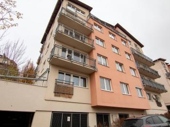 Prodej bytu 2+kk v osobním vlastnictví 51 m², Praha 8 - Karlín