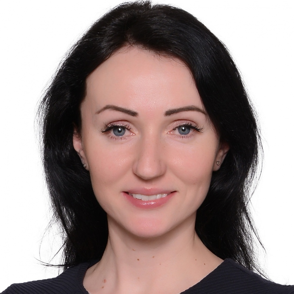Bc. Elena Artamonova - RE/MAX Anděl
