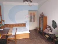 pokoj2 (Prodej bytu 1+1 v osobním vlastnictví 46 m², Praha 4 - Nusle)