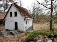 Hlavní vstup do chaty (Prodej chaty / chalupy 68 m², Slatina)