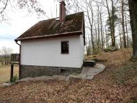 Chata je ve velmi dobrém stavu. (Prodej chaty / chalupy 68 m², Slatina)