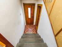 Boční vchod zahrada a sklep domu (Prodej domu v osobním vlastnictví 180 m², Mirovice)