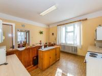 Kuchyně v 1.NP (Prodej domu v osobním vlastnictví 180 m², Mirovice)