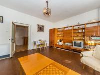 Obývací pokoj (Prodej domu v osobním vlastnictví 180 m², Mirovice)