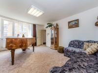 Útulný pokoj v podkroví s krásným výhledem na město  (Prodej domu v osobním vlastnictví 210 m², Příbram)