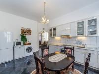 Kuchyně (Prodej domu v osobním vlastnictví 210 m², Příbram)