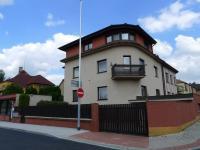 Prodej domu v osobním vlastnictví 443 m², Praha 9 - Hloubětín