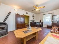 Pokoj 1 s krbovými kamny  (Prodej domu v osobním vlastnictví 78 m², Jablonná)