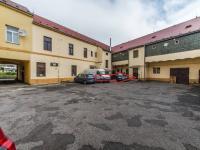 Nitro-blok domu (Pronájem kancelářských prostor 189 m², Praha 5 - Radotín)