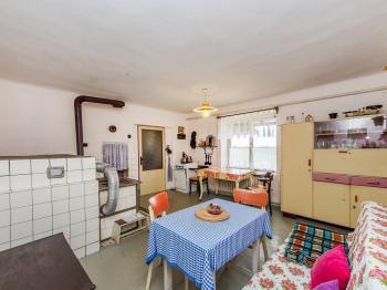 Staročeská kuchyně domu - Prodej domu v osobním vlastnictví 106 m², Pečice