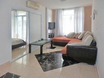 Prodej bytu 2+kk v osobním vlastnictví 46 m², Nesebar