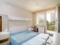 Ložnice s lodžií (Prodej bytu 3+kk v osobním vlastnictví 69 m², Praha 6 - Řepy)