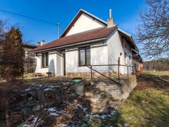 Obytná část domu - Prodej zemědělského objektu 1863 m², Jablonná