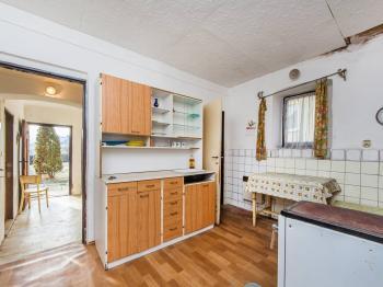 Kuchyně - Prodej zemědělského objektu 1863 m², Jablonná