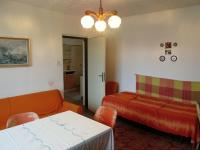 Pokoj 1 - Prodej domu v osobním vlastnictví 78 m², Jablonná