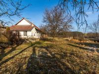 Velká zahrada u domu - Prodej domu v osobním vlastnictví 78 m², Jablonná
