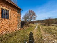 Příjezdová cesta  - Prodej domu v osobním vlastnictví 78 m², Jablonná