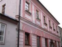 pohled na dům (Prodej domu v osobním vlastnictví 450 m², Tábor)