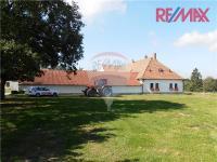 Prodej penzionu 2000 m², Malšice