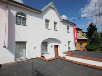 Prodej domu v osobním vlastnictví 282 m², Tábor