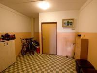 Uzamykatelná společná chodba - Prodej bytu Garsoniéra v družstevním vlastnictví 30 m², Tábor