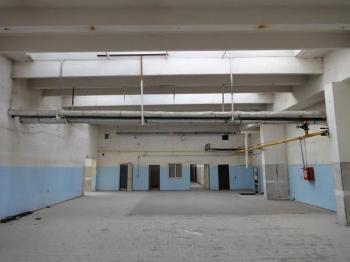 pohled do haly - Pronájem skladovacích prostor 1000 m², Chomutov