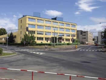pohled z ulice - Pronájem skladovacích prostor 1000 m², Chomutov