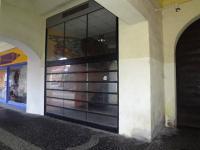 Výloha bude nová, v plné ploše prosklená (Pronájem obchodních prostor 75 m², Žatec)