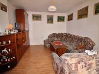 obývací pokoj (Prodej domu v osobním vlastnictví 80 m², Ctiněves)
