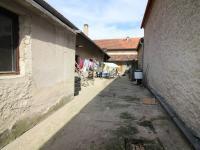 dvůr (Prodej domu v osobním vlastnictví 80 m², Ctiněves)