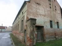 Dům z boku (Prodej zemědělského objektu 380 m², Senomaty)