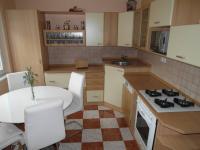 prostor kuchyně (Prodej bytu 4+1 v osobním vlastnictví 76 m², Chomutov)