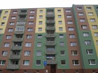 pohled na dům (Prodej bytu 3+1 v družstevním vlastnictví 70 m², Jirkov)
