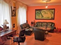 Prodej domu v osobním vlastnictví 800 m², Louny