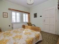 Pokoj v 2. NP (Prodej domu v osobním vlastnictví 150 m², Žatec)
