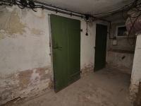 sklep (Prodej domu v osobním vlastnictví 150 m², Žatec)