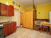 Kuchyň (Prodej domu v osobním vlastnictví 150 m², Žatec)