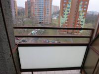 Balkón z pokoje (Prodej bytu 2+1 v osobním vlastnictví 59 m², Ostrava)
