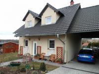 Prodej domu v osobním vlastnictví 230 m², Královice
