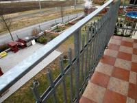 balkón (Prodej domu v osobním vlastnictví 180 m², Královice)
